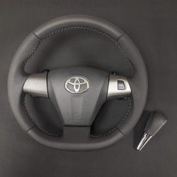 Перетяжка руля и ручки кпп экокожей Toyota